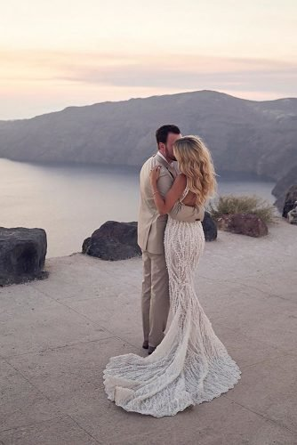 wedding photography trends groom bride nature sea sunset mountings lostinlove_photography