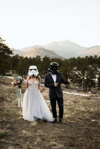 wedding photography trends groom bride star wars wedding theme thedrawhorns