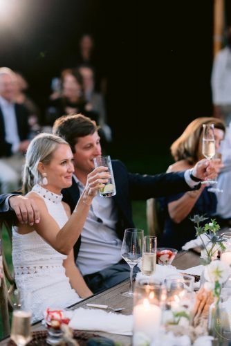 wedding photography trends rehearsal wedding dinner photo pasha_belman_photography