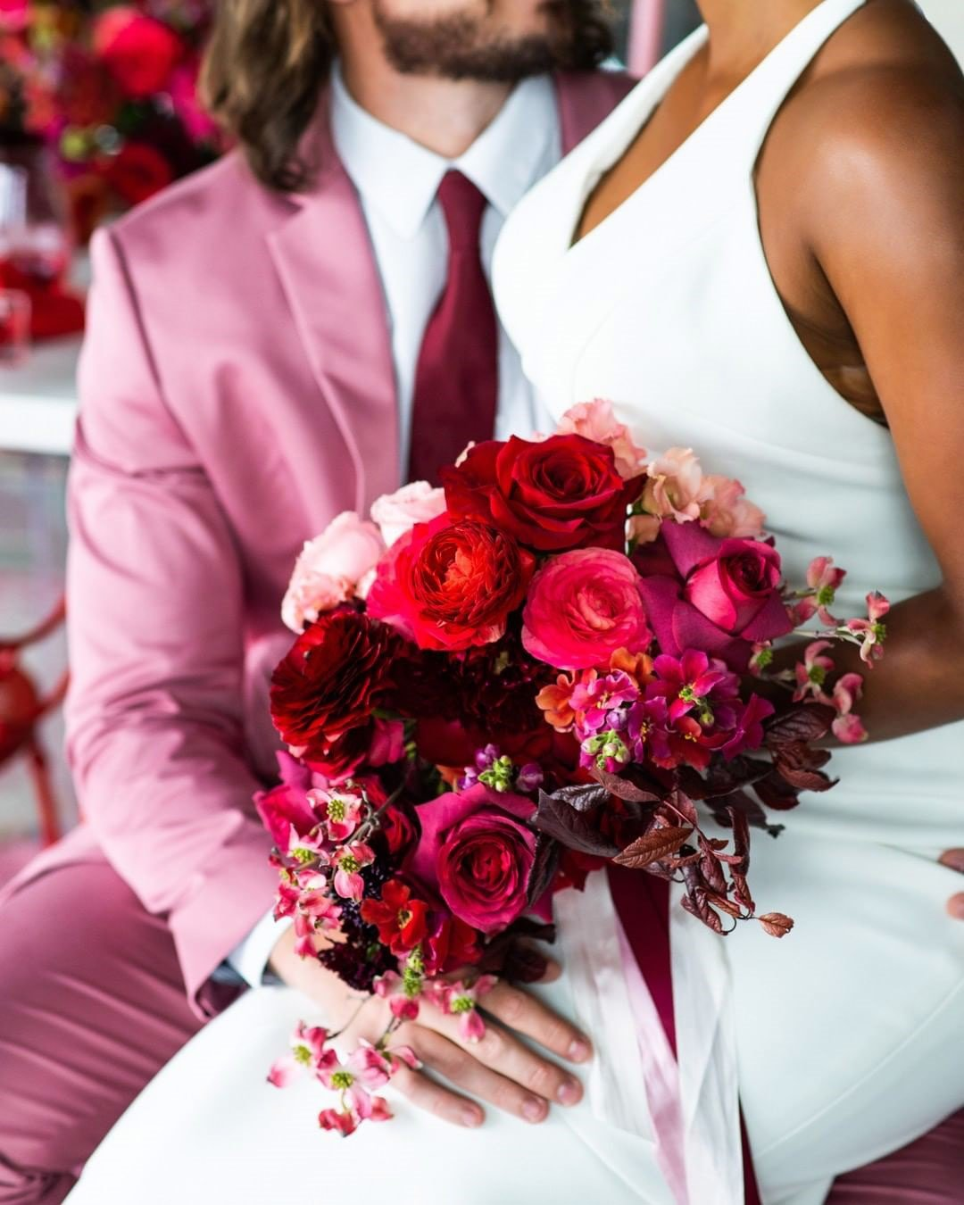 wedding colors red pink groom bride bouquet