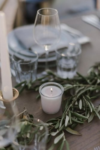 vine yard wedding weekend extravaganza table décor with candles zeev_damon