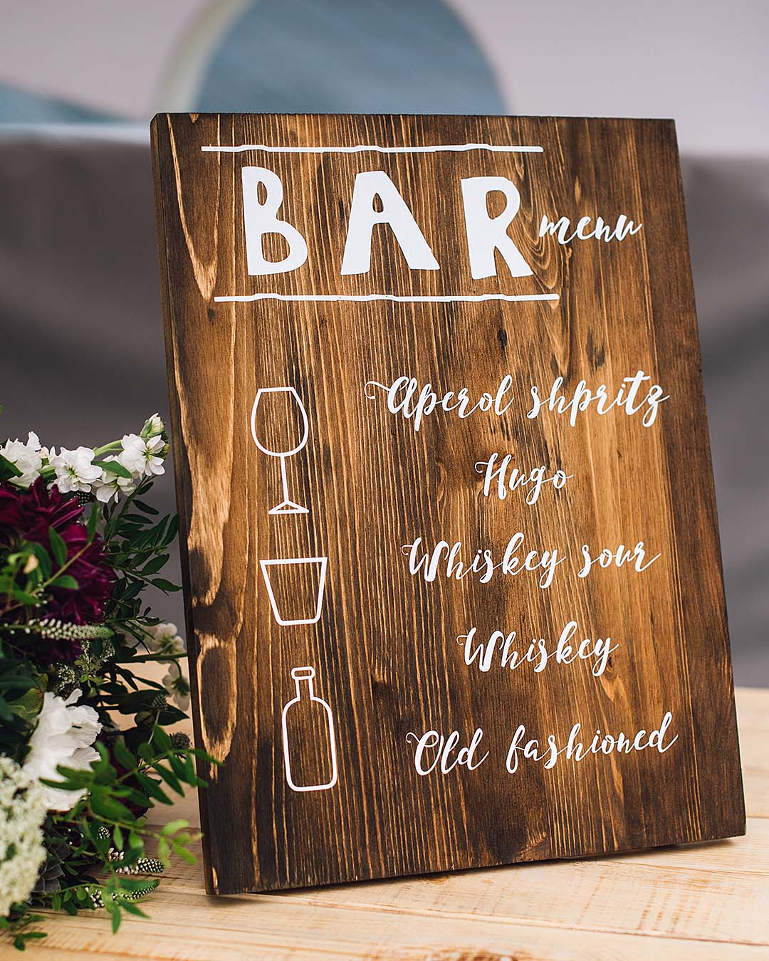 rustic wedding ideas bar rustic sign