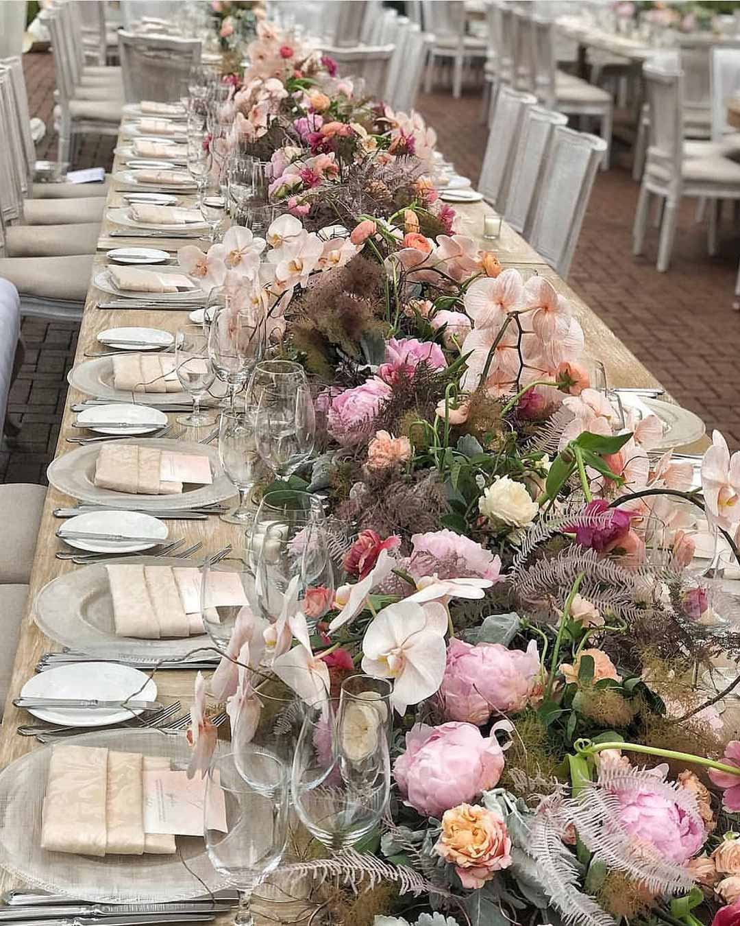 rustic wedding ideas centerpiece flowers table decor
