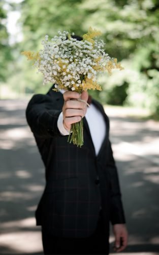 rustic wedding deas groom bouquet