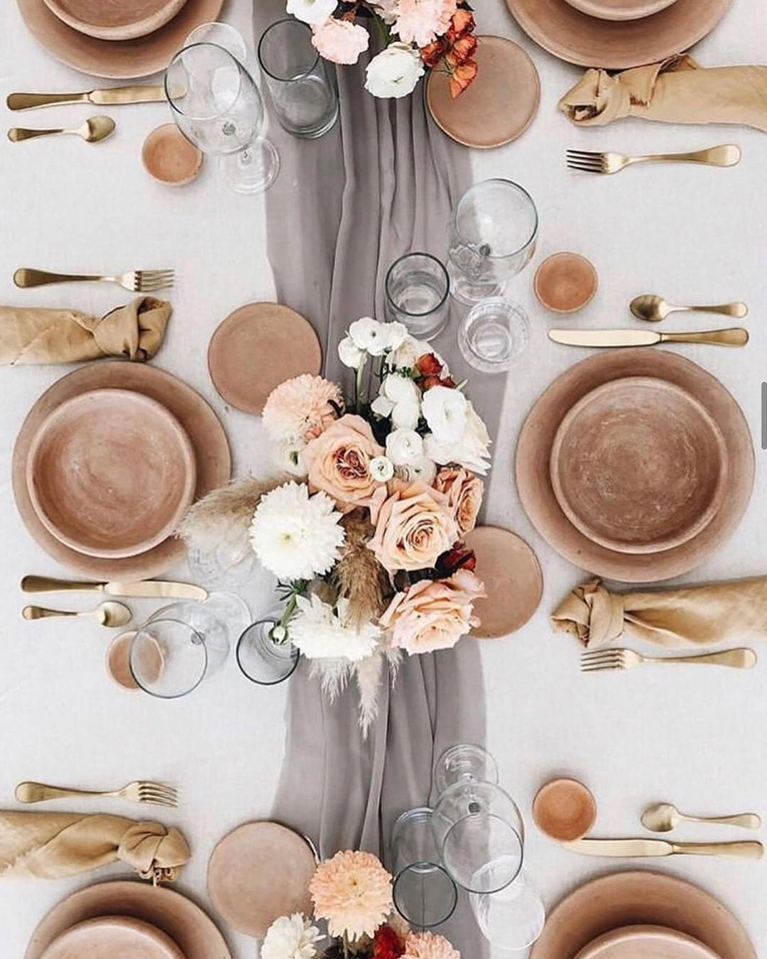 rustic wedding ideas table lines centerpiece decor