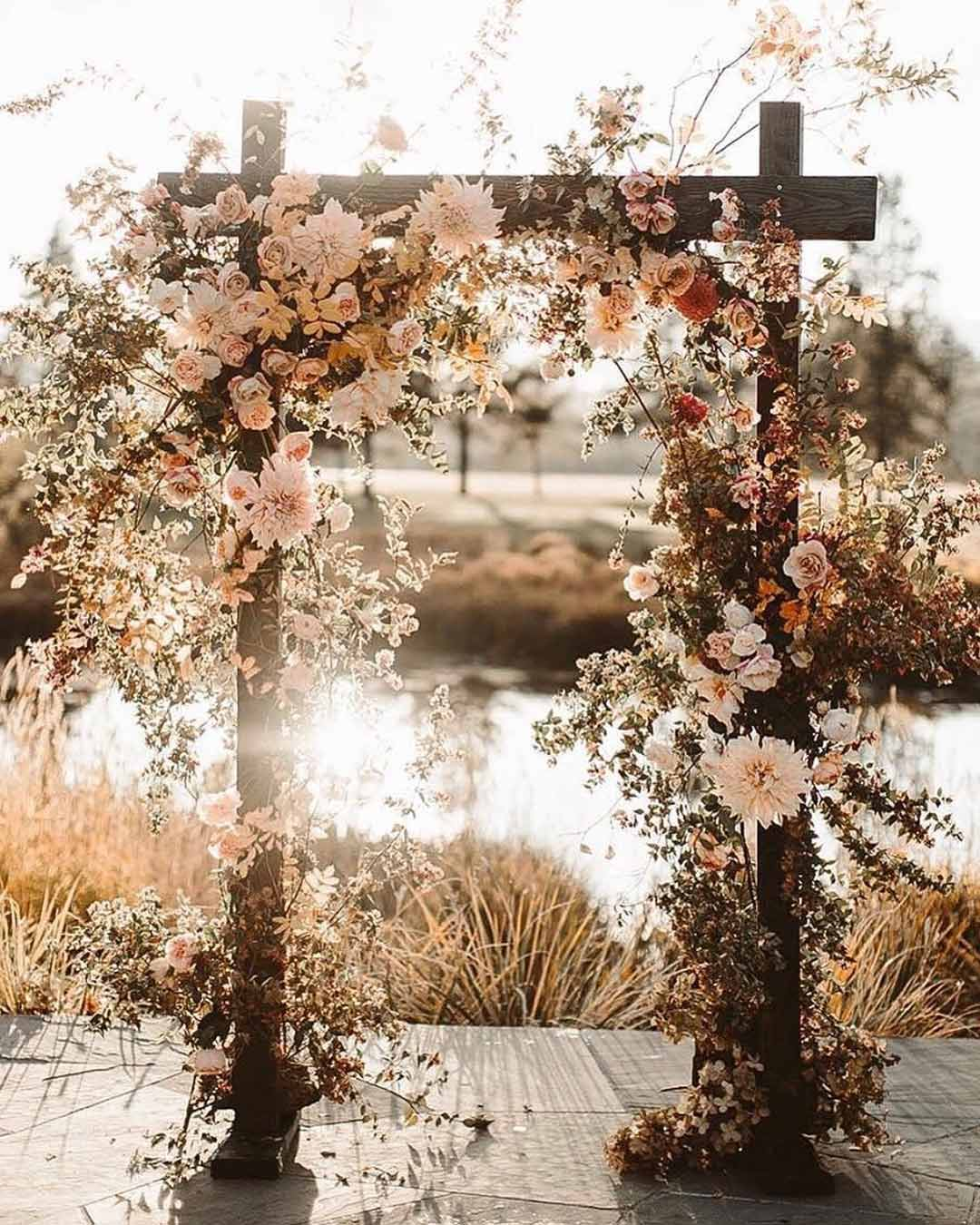 rustic wedding ideas wooden arch decor flowers