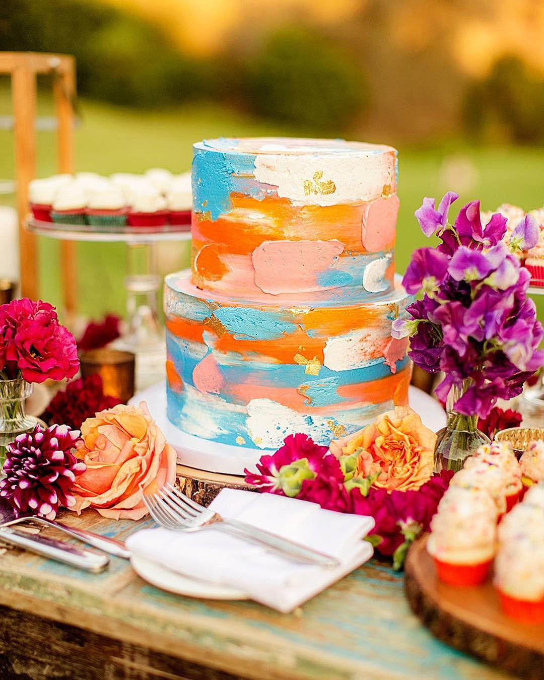 wedding trends bright wedding cake