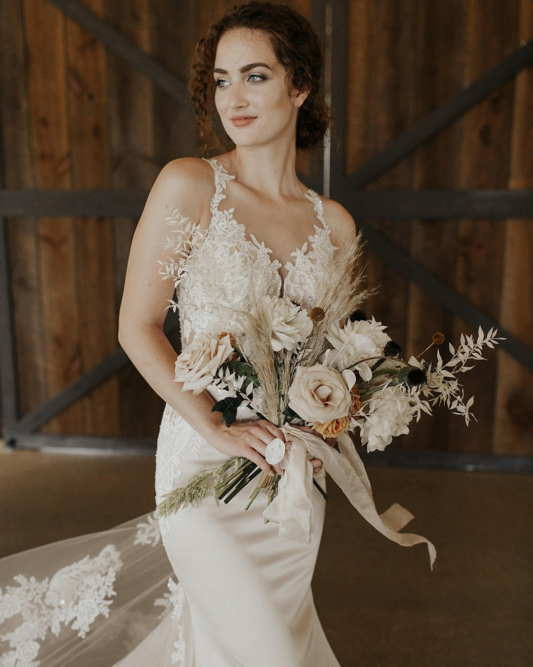 wedding trends dry flowers bouquet