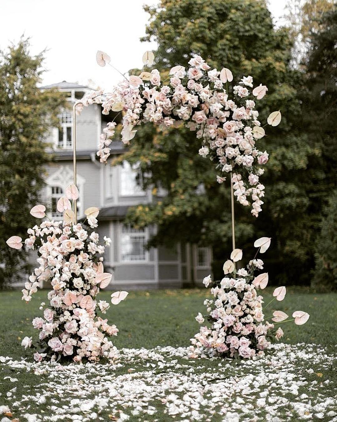 wedding trends flower wedding decor arch