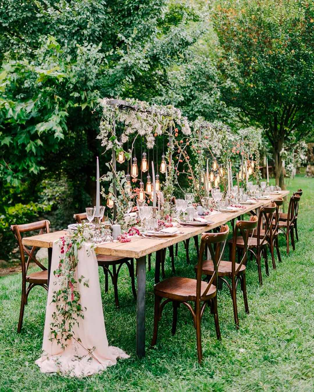 wedding trends lush greenery flowers lights