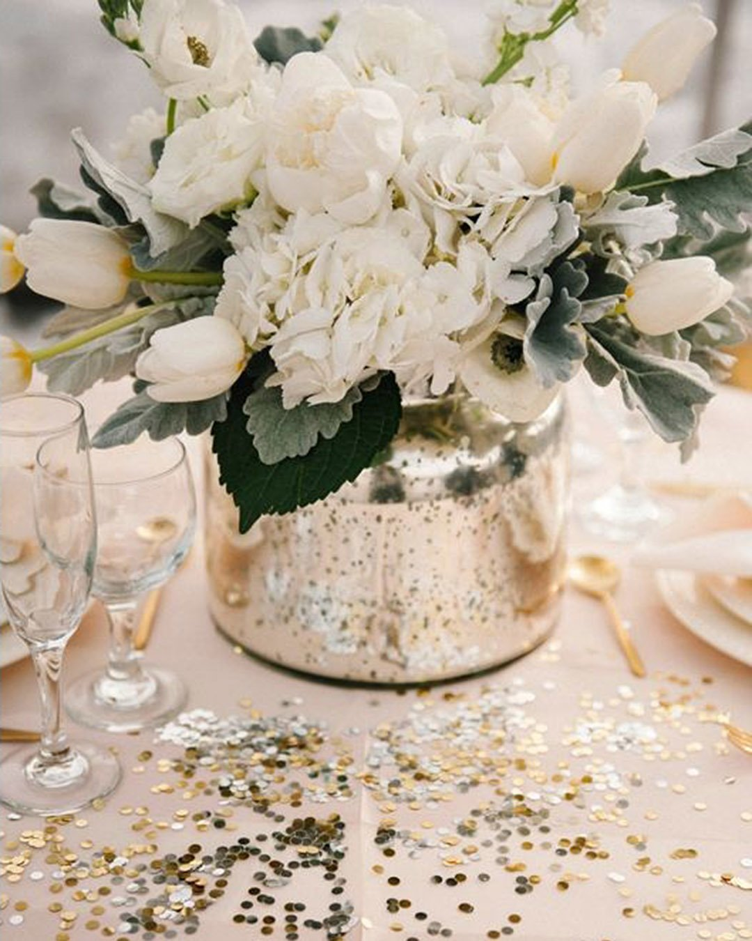 wedding trends metallic wedding table setting