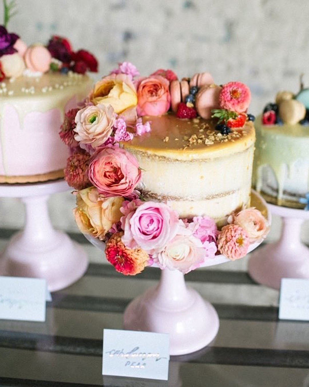 wedding trends mini wedding cakes