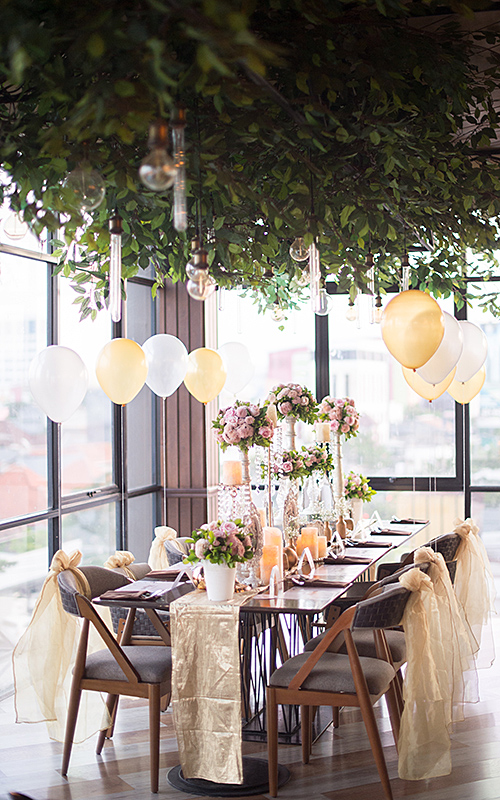 wedding trends wedding reception decor with flowers