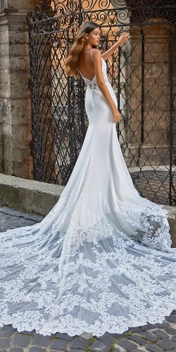 moonlight wedding dresses low back with spaghetti straps train lace