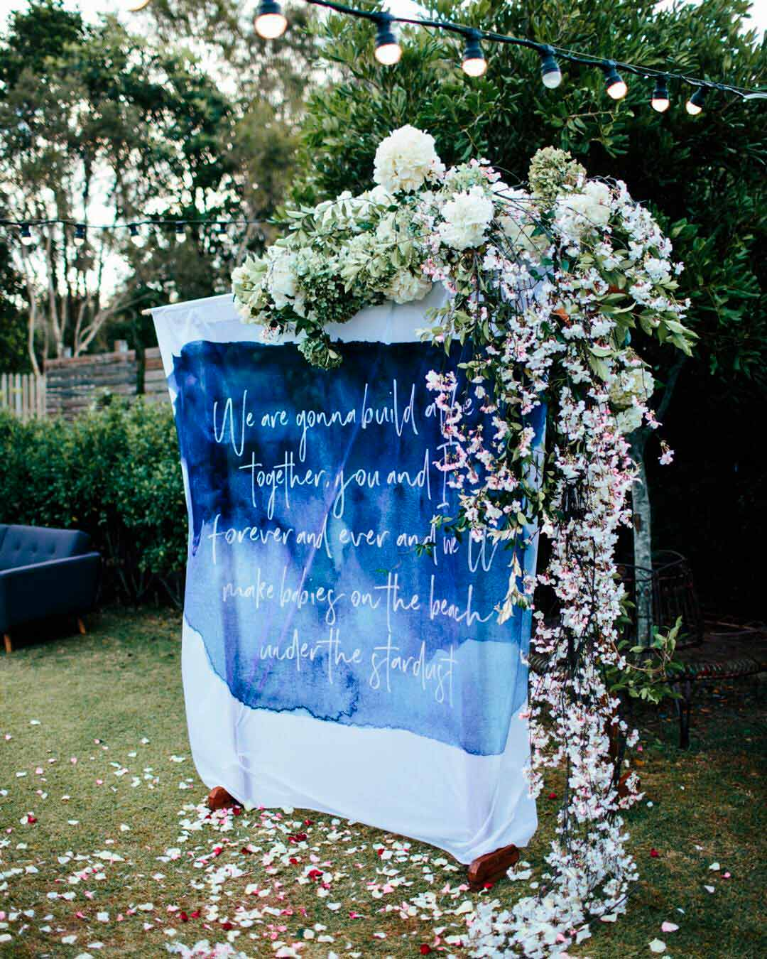 blue and white wedding colors backdrop decor