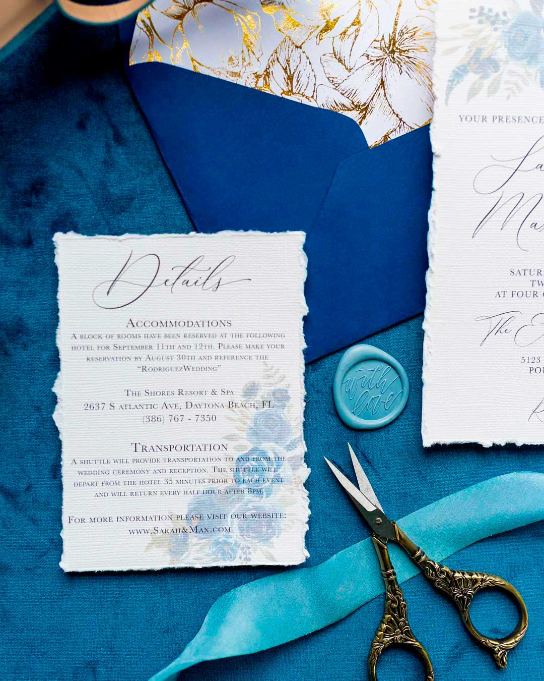 blue and white wedding colors stationary