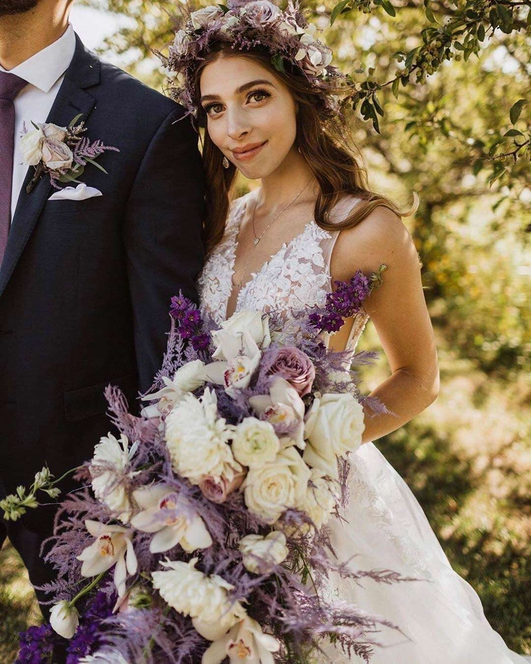 lilac wedding colors bouquet bride crown