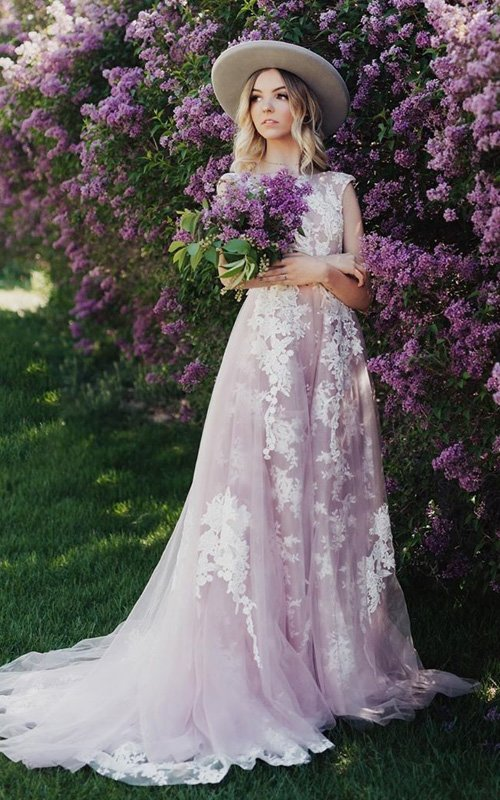 lilac wedding colors bride