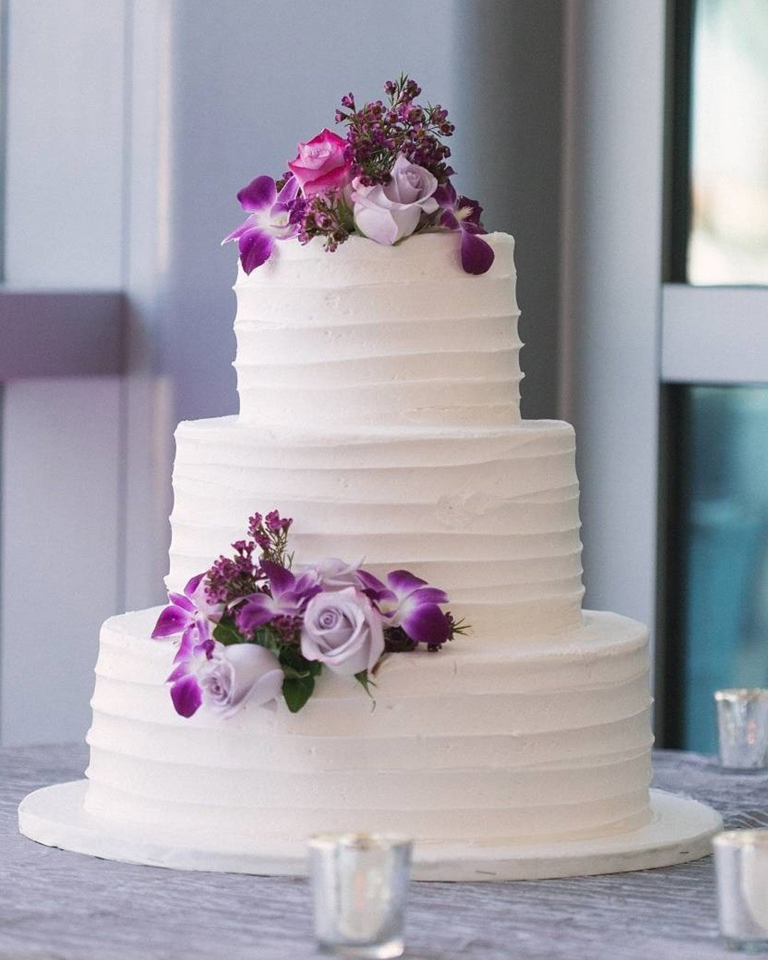 lilac wedding colors cake decor