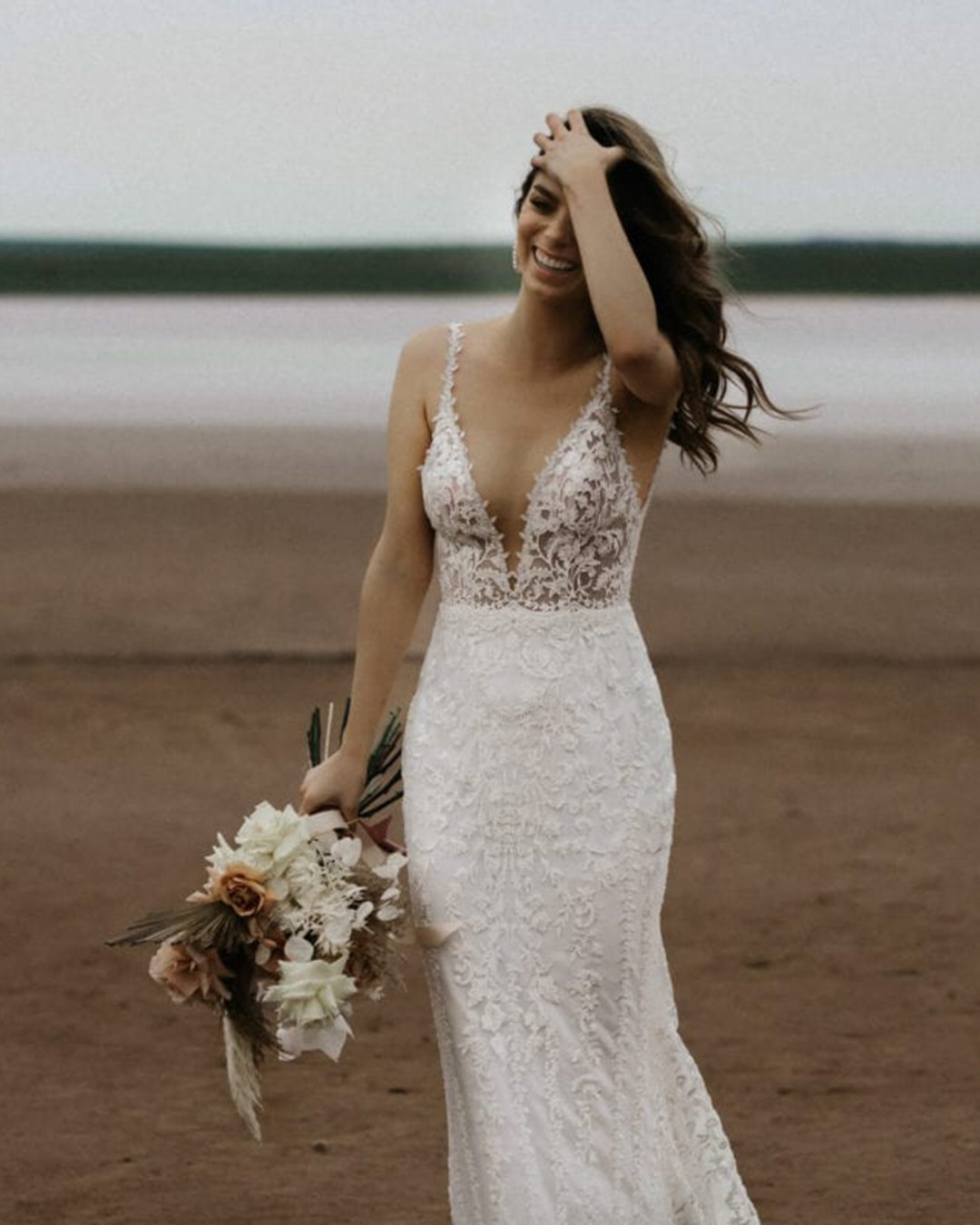 beach wedding dresses sheath with spaghetti straps sexy lace made with love