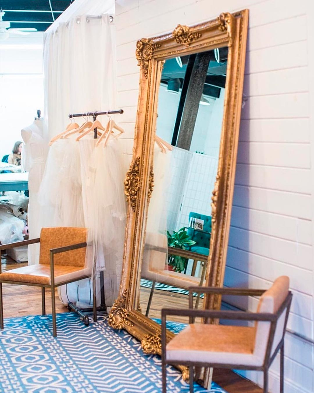 best bridal salon in NYC mirror deor