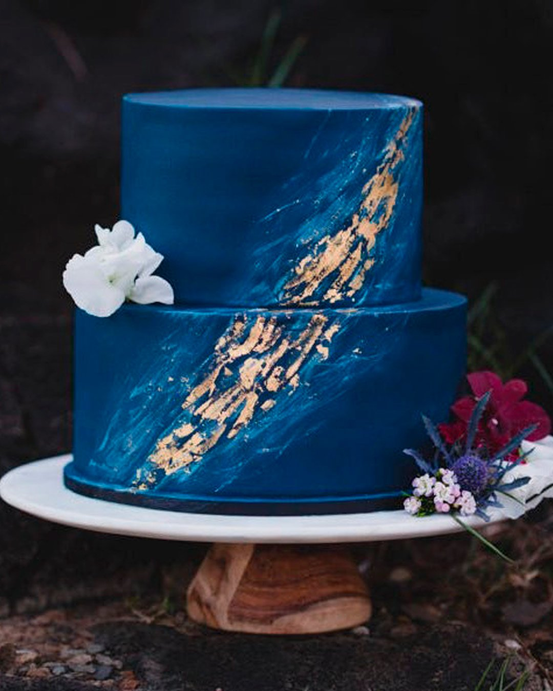 pantone color of the year 2021 blue cake