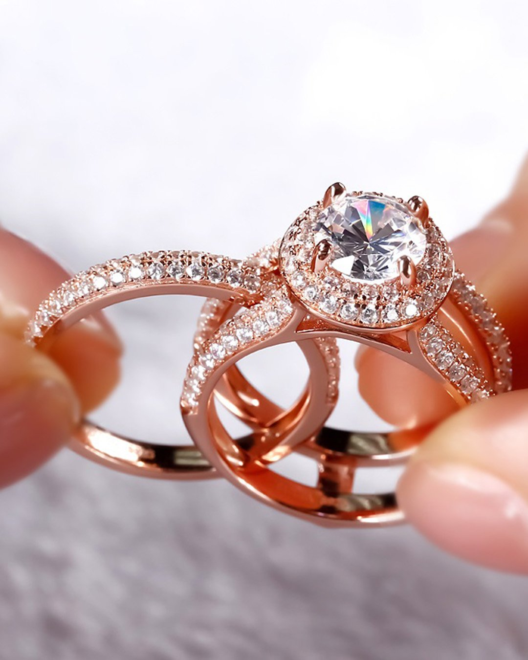 round engagement rings halo engagement ring rose gold