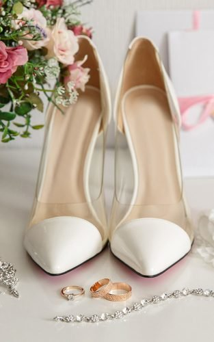 wedding shoes featured