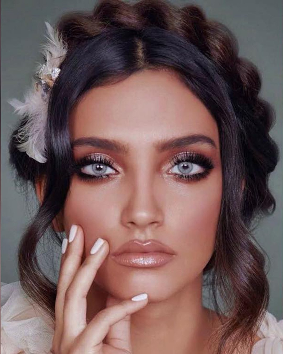 boho wedding makeup smokey eyes nude gloss lips osnatshohatmakeup