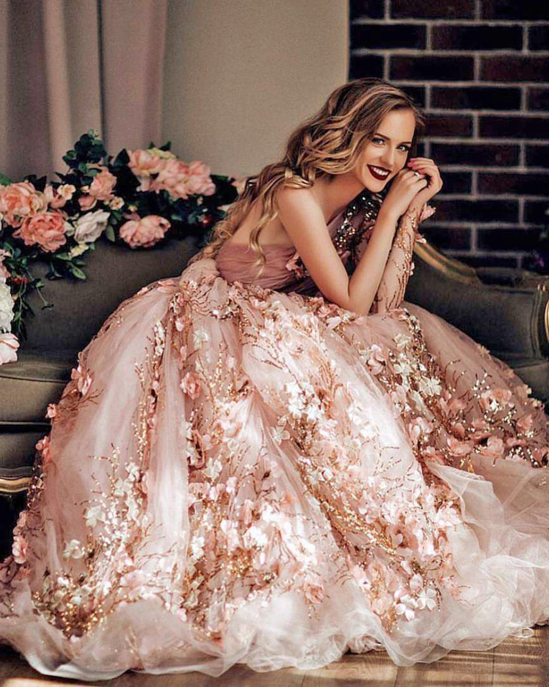 nude wedding photos dress floral 3d malyarova