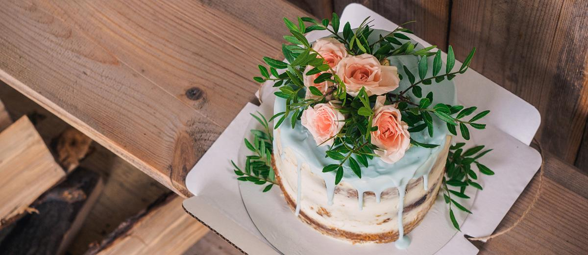 30 Small Rustic Wedding Cakes On A Budget