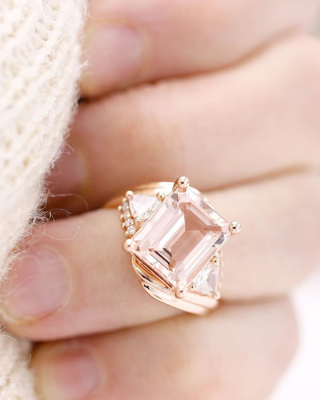 unique engagement rings radiant cut modern setting rose gold